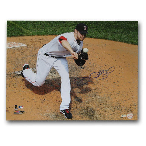 Autographed Daniel Bard 16-By-20-Inch Unframed Boston Red Sox Photo. (MLB Authenticated)