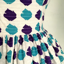 Load image into Gallery viewer, 1950s - Stunning Abstract Purple Day Dress - W27 (68cm)