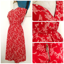 Load image into Gallery viewer, 1940s - Fabulous Red Printed Seersucker Summer Dress - W30 (76cm)