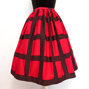1950s - Red & Black Printed Cotton Skirt - W25 (64cm)