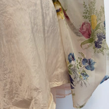 Load image into Gallery viewer, 1950s - Beautiful Floral Day Sheer Dress - W25 (64cm)