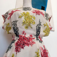 Charger l'image dans la galerie, 1940s 1950s - Gorgeous Floral Sheer Full Skirt Dress - W26 (66cm)