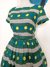 Load image into Gallery viewer, 1950s - Fabulous Green Belted Rayon Dress - W28 (70cm)