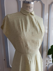 1940s - Adorable Yellow Pale Flecked Rayon Dress - W30 (76cm)