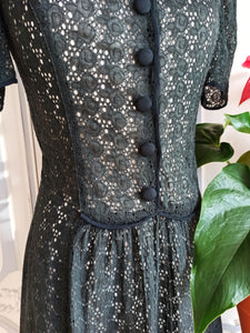 1930s - Spectacular Puff Shoulders Black Cotton Lace Dress - W30 (76cm)