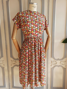 1930s 1940s - Fabulous Print Cold Rayon Day Dress - W30 (76cm)