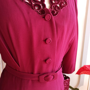 1940s - Spectacular Wine Velvet Crepe Belted Dress - W32 (82cm)