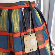 Load image into Gallery viewer, 1950s - DEADSTOCK NWT - Fabulous Abstract Print Cotton Skirt - W25 (64cm)