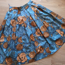 Load image into Gallery viewer, 1950s - DEADSTOCK NWT - Stunning Van Gogh Roses Print Skirt - W25 (64cm)