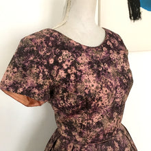 Load image into Gallery viewer, 1950s - Gorgeous Abstract Floral Purple Satin Dress - W27 (68cm)
