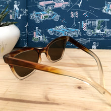 Load image into Gallery viewer, 1950s - DEADSTOCK - AUER, Germany - Two Tone Brown Sunglasses