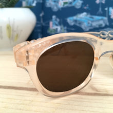 Laden Sie das Bild in den Galerie-Viewer, 1940s - DEADSTOCK - Translucent Celluloite Sunglasses - (XS or kids!)