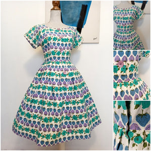 1950s - Adorable Purple Strawberies Cotton Dress - W28 (72cm)