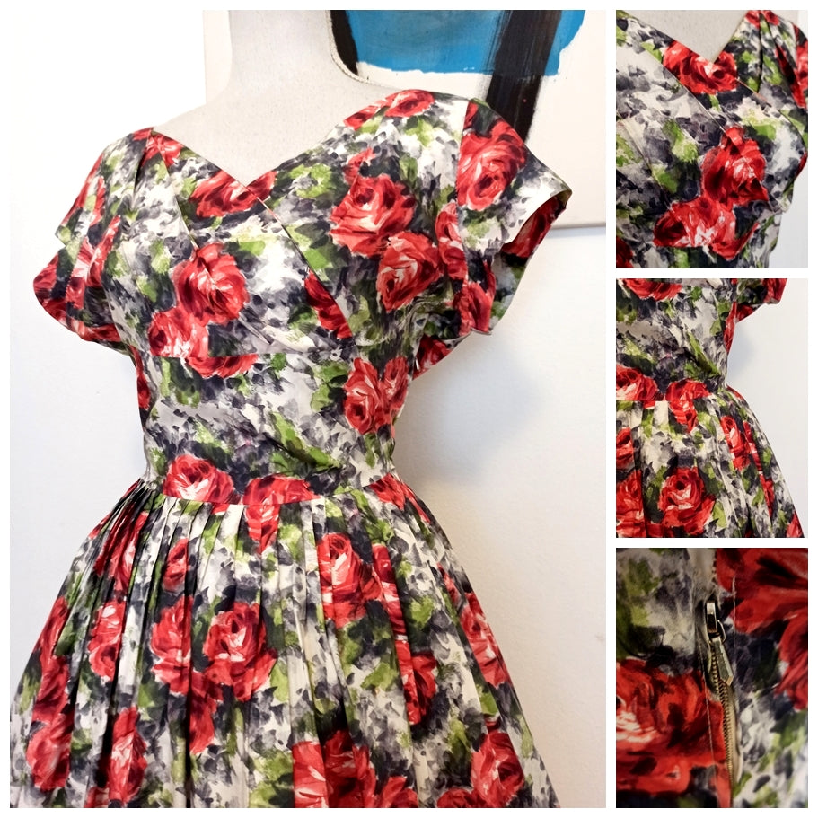 1950s - Stunning Roses Print Silky Cotton Dress - W28.5 (72cm)