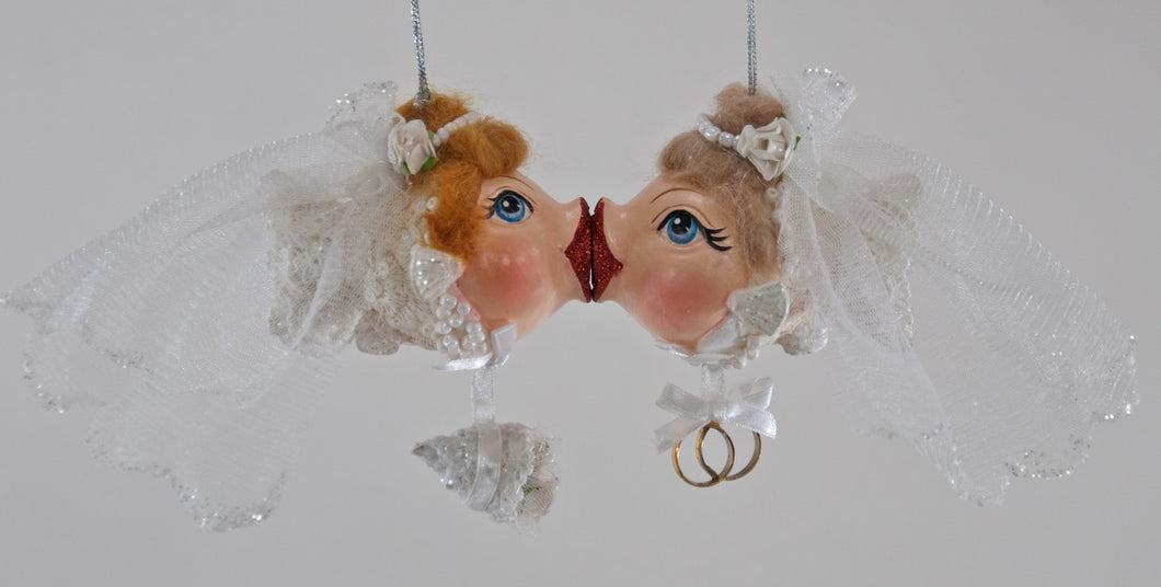 Katherine's Collection Bride/Bride Kissing Fish -Set of 2