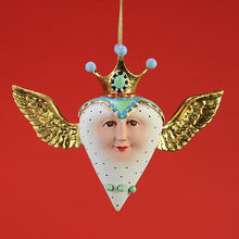 Load image into Gallery viewer, Patience Brewster Spreading the Love Heart Ornament