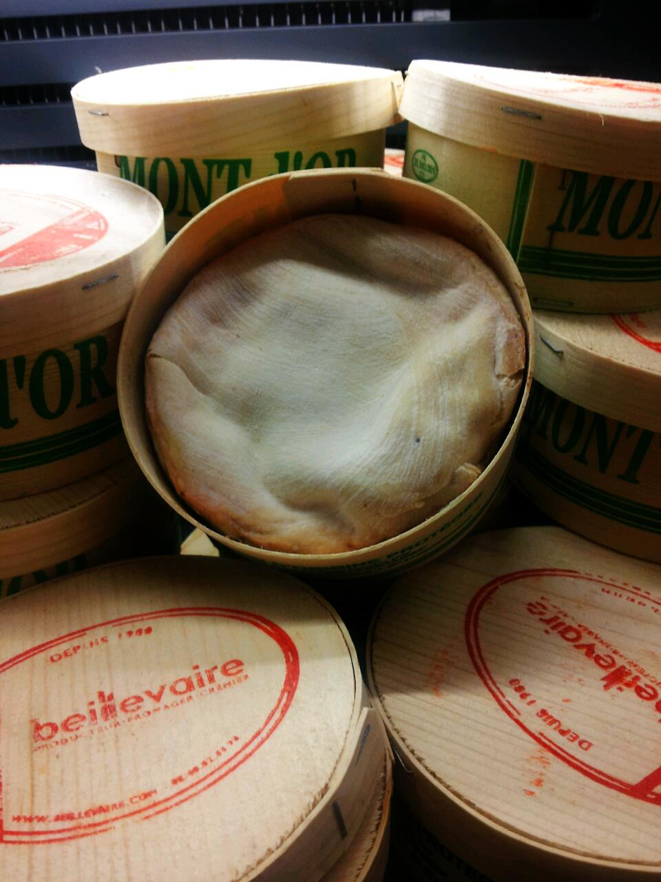 Raw Unpasteurised Vacherin Mont d'Or Cheese -  PRE-ORDER