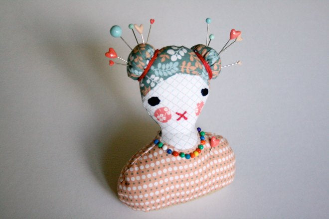 Dailylike Dolly Pin Cushion - Step 10