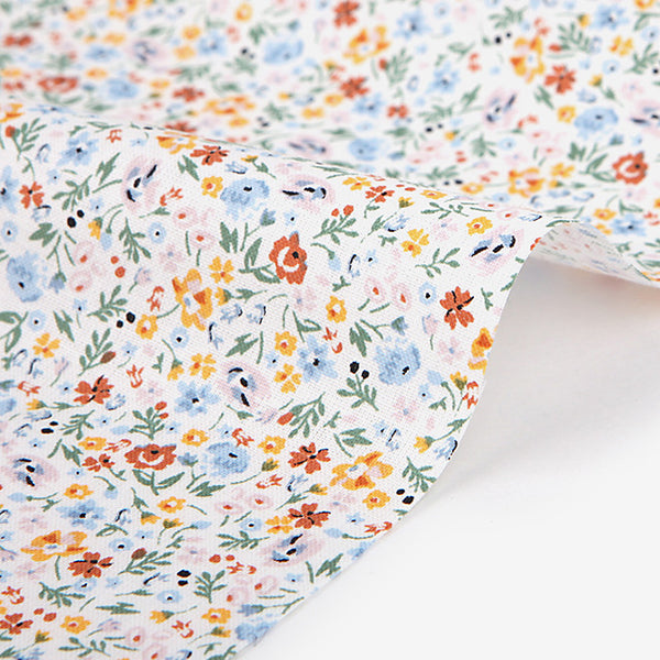 308 A Tiny Flower : Smallish 1600mm Cotton 30C Fabric
