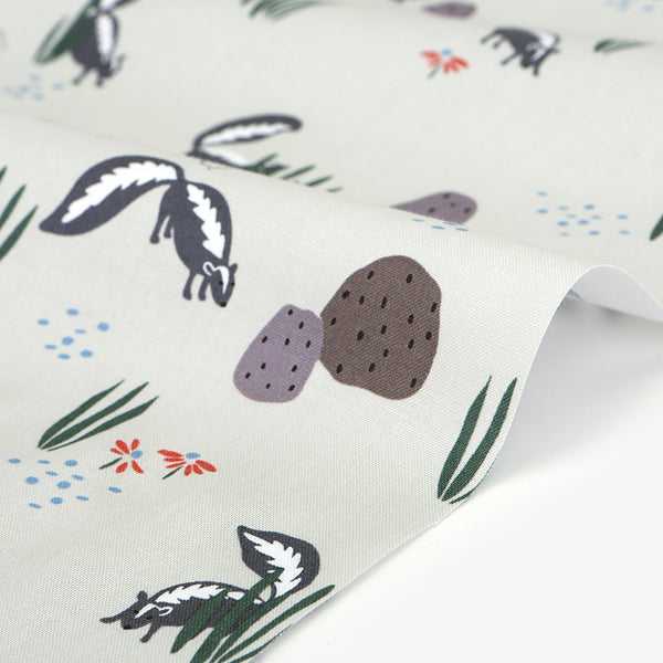 494 Skunk : Skunk 1100mm Cotton 20C Fabric