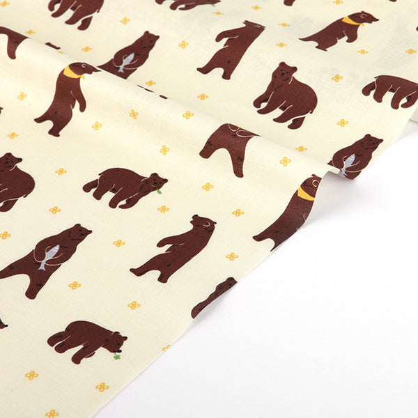 171 Walk through the Forest : Grizzly Bear 1100mm Cotton 30C Fabric