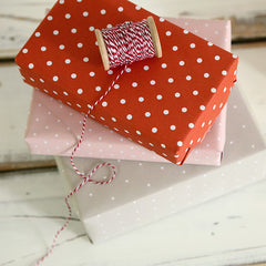 Wrapping Paper : Daily Red