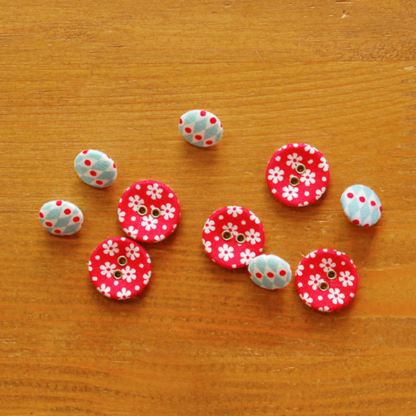 Buttons : Daily Christmas - 10pk