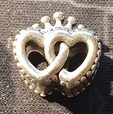 Pandora United Regal Hearts Charm - 797670
