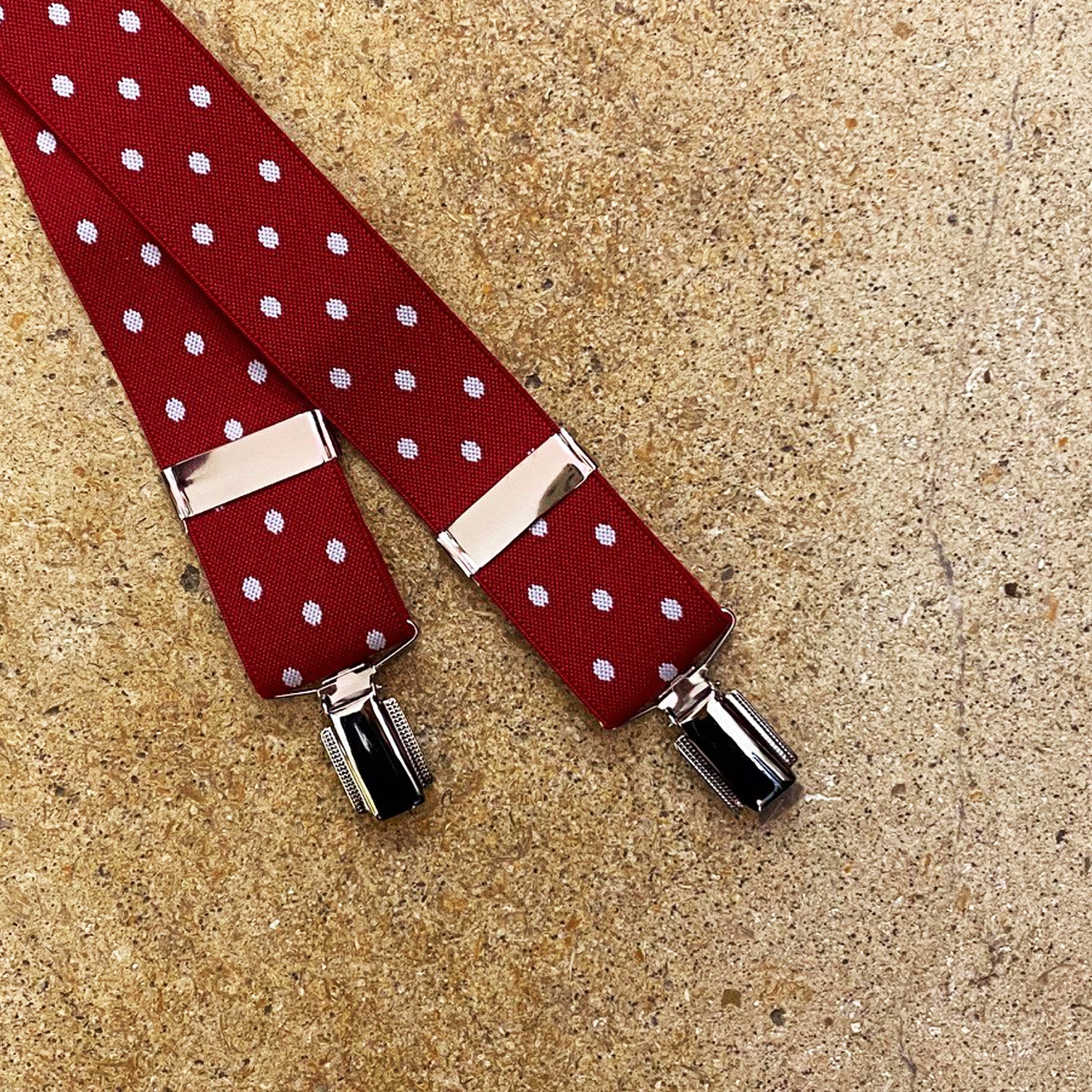 Hunt & Holditch 1 3/8 Braces with Nickel Feather Clips for Men in Red