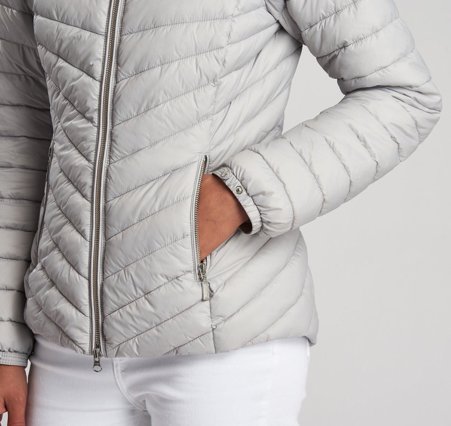 Barbour International Ringside Quilted Jacket for Ladies in Ice White
