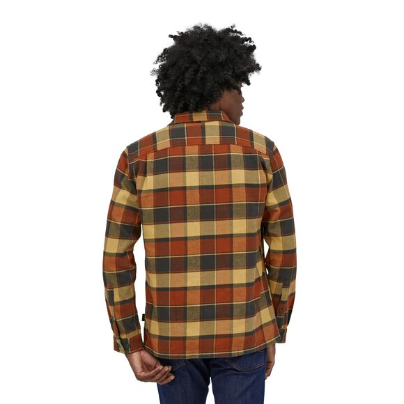 Patagonia L/S Fjord Flannel Shirt for Men in Plots: Burnished Red