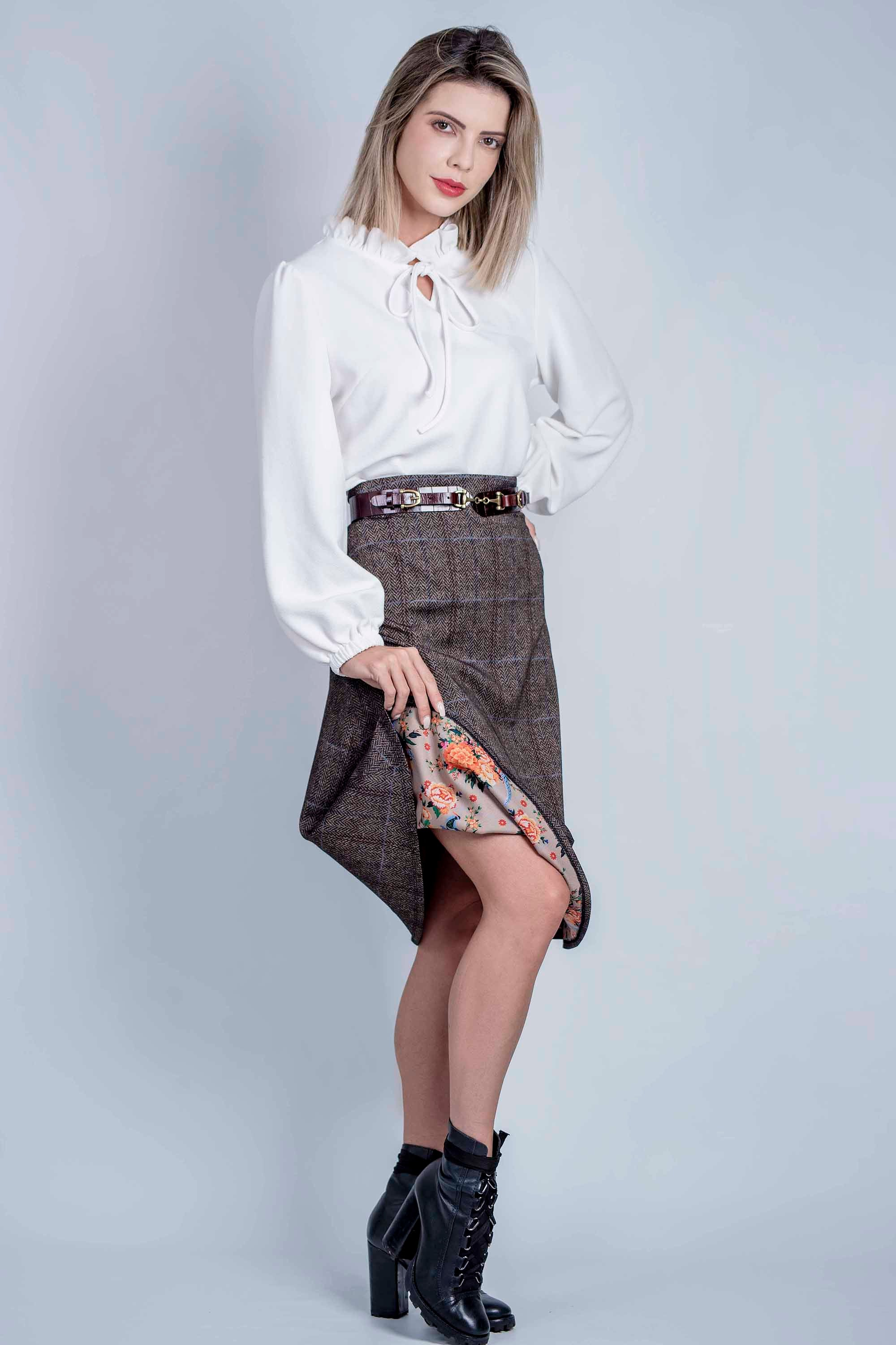 Hartwell Pat Travel Tweed Skirt for Ladies in Brown / Blue Check Tweed