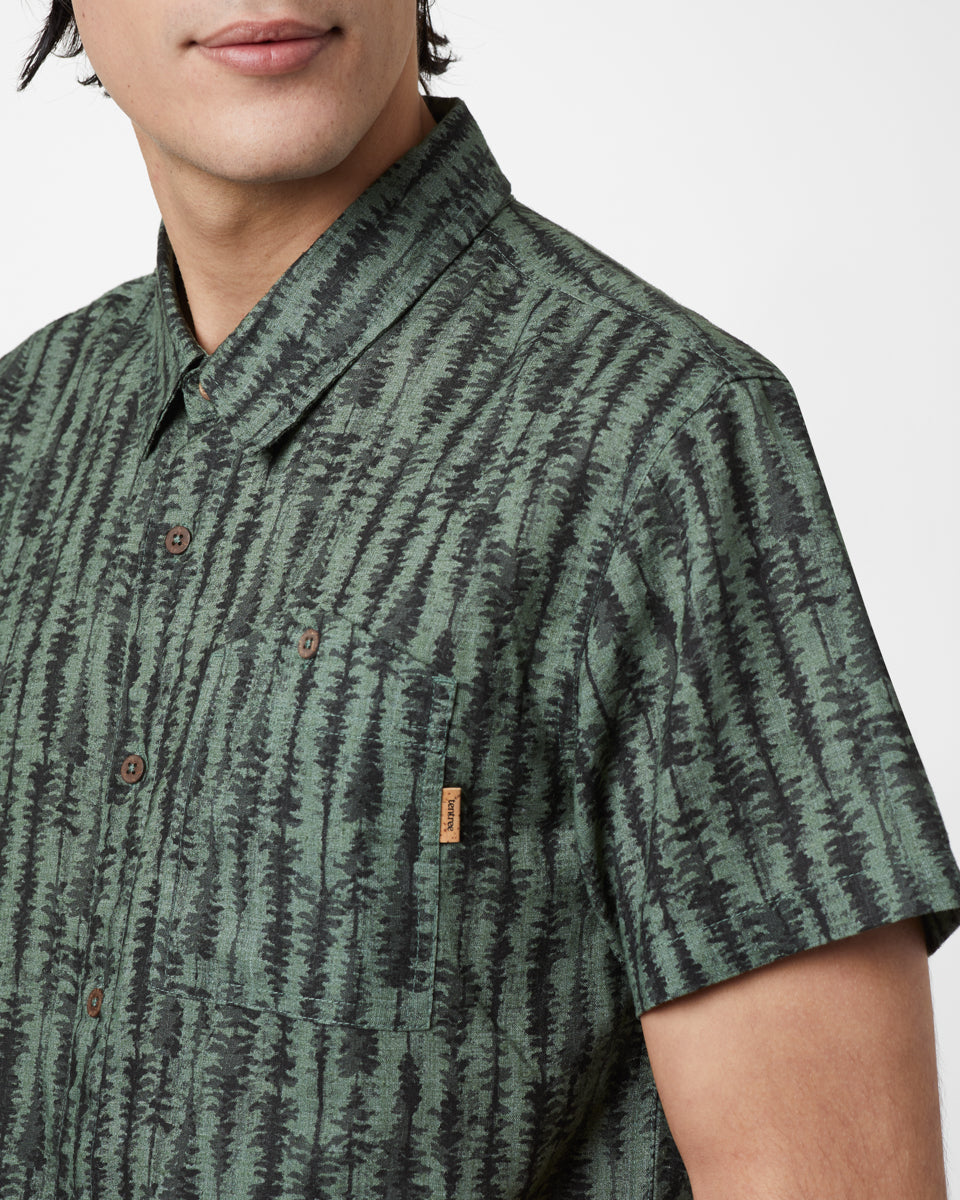Tentree Hemp Short Sleeved Button Up for Men in Forest Green