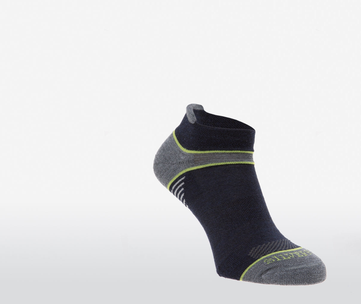 Silverpoint On The Move No Show Socks in Navy/Lime