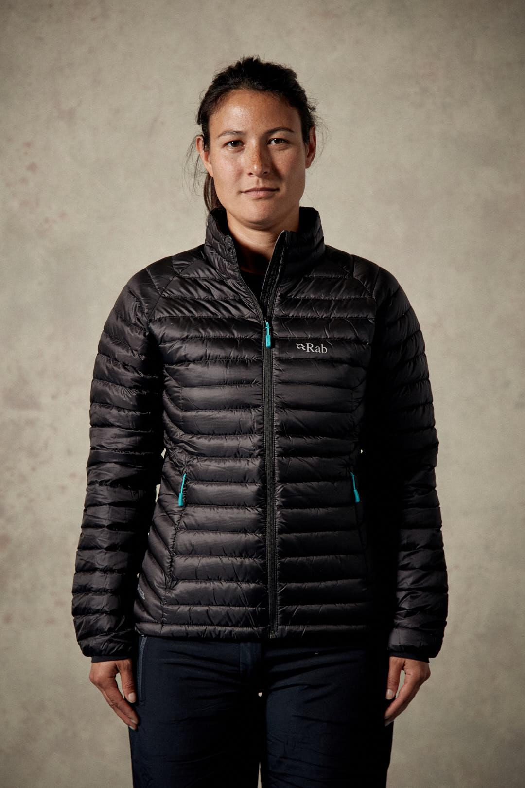 Rab Microlight Jacket for Ladies in Black / Seaglass
