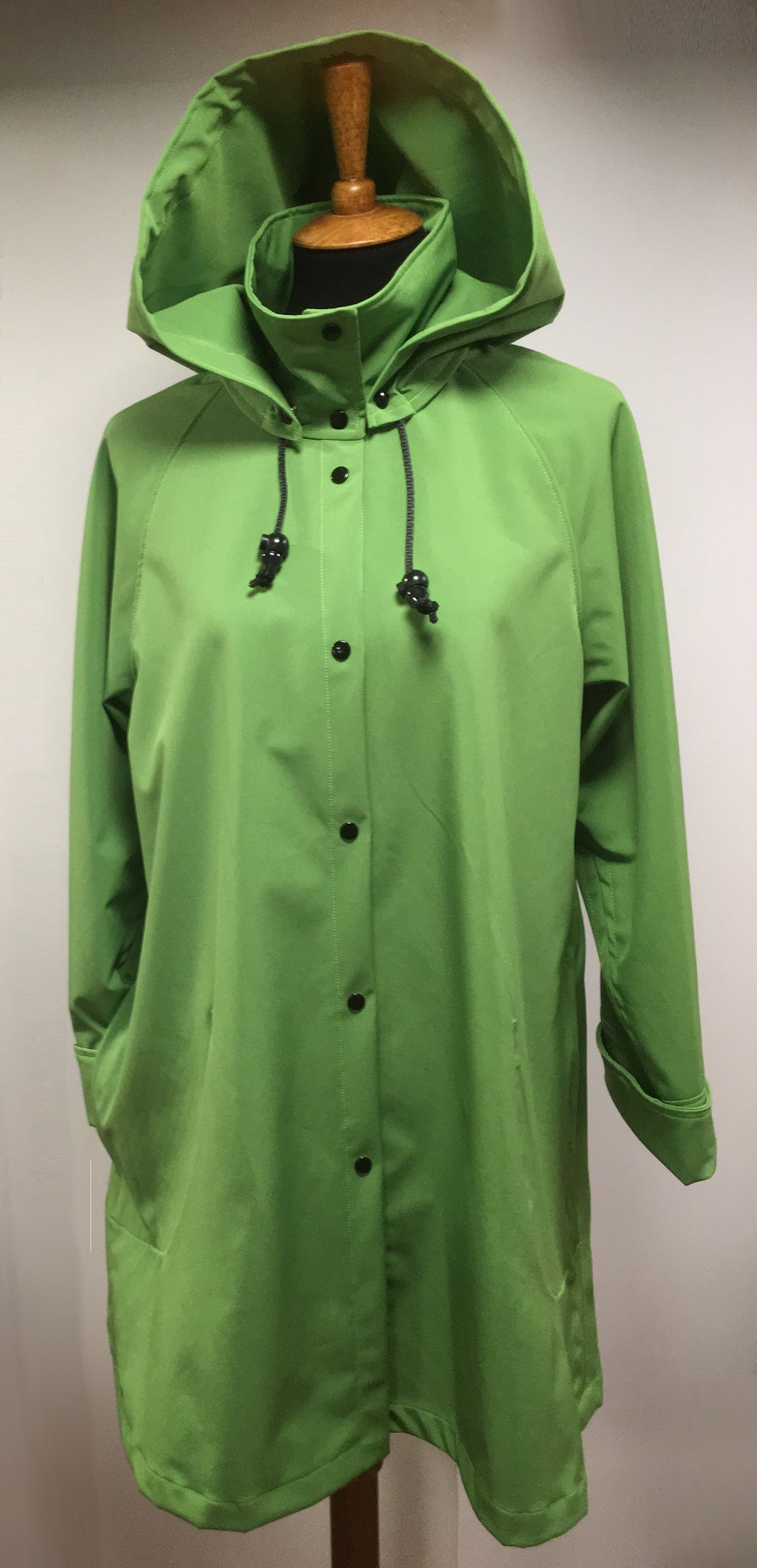 *Women's Green Apple Fleece Lined Snap Raincoat (SF0919C)