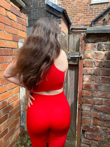 Red Seamless Set