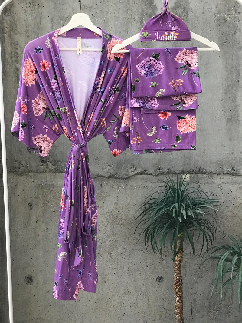 Vintage floral Maternity robe and swaddle set boy. Mommy and me robe and swaddle set boy. In organic stretch cotton. Matching t-shirts available. - comfymommyshop.in