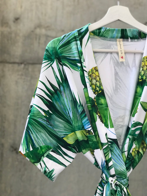 Tropical Pineapple Maternity robe and swaddle set boy. Mommy and me robe and swaddle set boy. In organic stretch cotton. Matching t-shirts available. - comfymommyshop.in