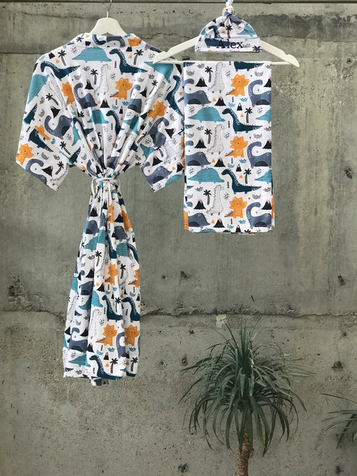 Dinosours print Maternity robe and swaddle set boy. Mommy and me robe and swaddle set boy. In organic stretch cotton. Matching t-shirts available. - comfymommyshop.in