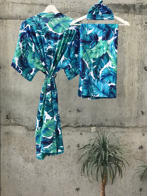 Big Tropical Maternity robe and swaddle set boy. Mommy and me robe and swaddle set boy. In organic stretch cotton. Matching t-shirts available. - comfymommyshop.in