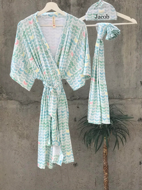 Maternity robe and swaddle set boy. Mommy and me robe and swaddle set boy. In organic stretch cotton. Aqua Chevron Matching t-shirts available. - comfymommyshop.in
