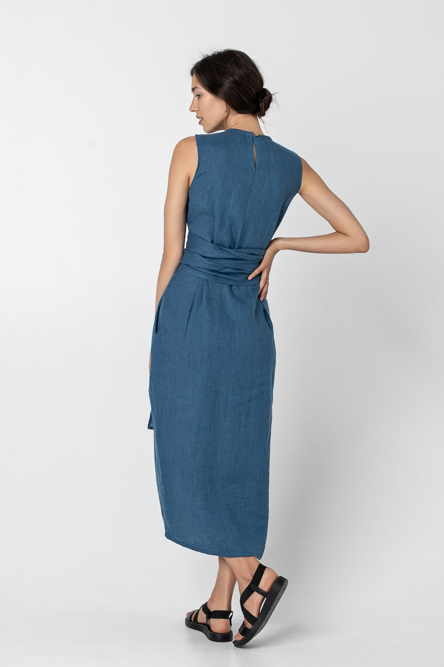 KIRA | Sleeveless linen dress