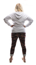 Load image into Gallery viewer, White Queen Hoodie - DressMyMood.co.uk