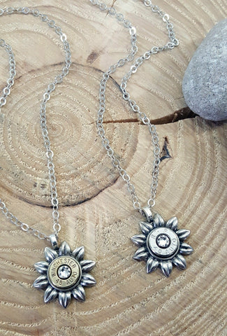 Flower Power Daisy Bullet Necklace