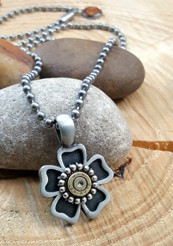 Flower Pendant Bullet Necklace - 25 Auto