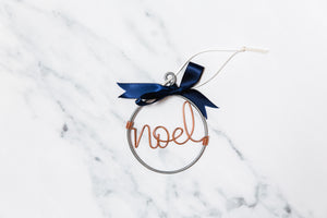 Noel Wire Christmas Bauble (Navy Bow)