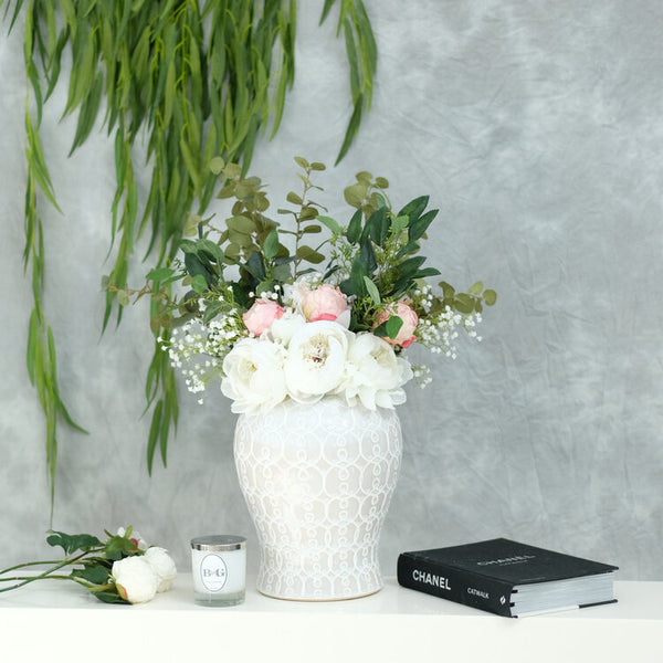 ' Leanne ' Flower Arrangement in Blush