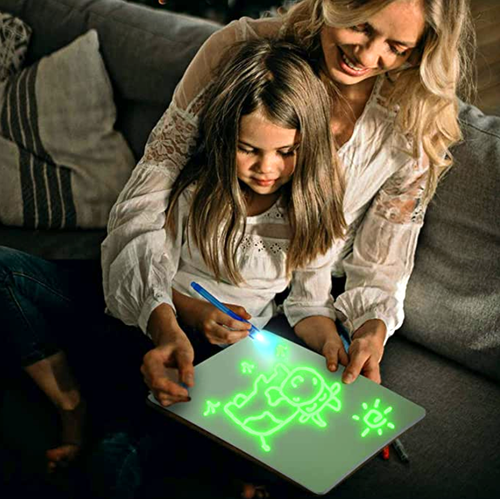 Tableta de desen luminoasa – KosmosKids – Set de desen interactiv - Kosmos Kids