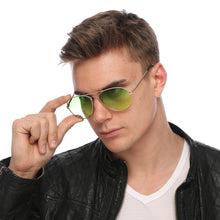 Load image into Gallery viewer, Aviator Sunglasses Classic - Non-Polarized - Gold Frame - Lime